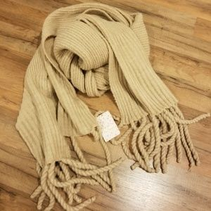 Jaden Rib Knit Blanket Scarf